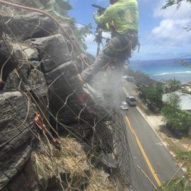 Dangerous Boulder Removal in Hawaii Kai